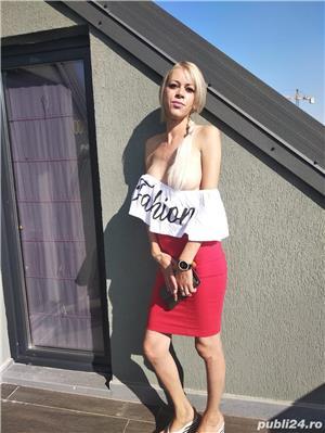 Escorte CJ: Blonda siliconata noua in oras full service cu sau fara detiin locatie fac si deplasari la hotel